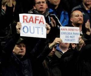 Unpopular Rafael Benitez might soon be out of Chelsea.