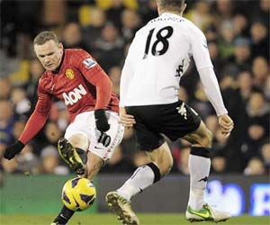 Rooney curls one in for the Red Devils
