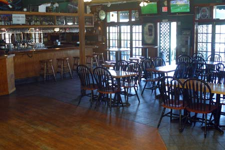 Harp Inn Pub, California